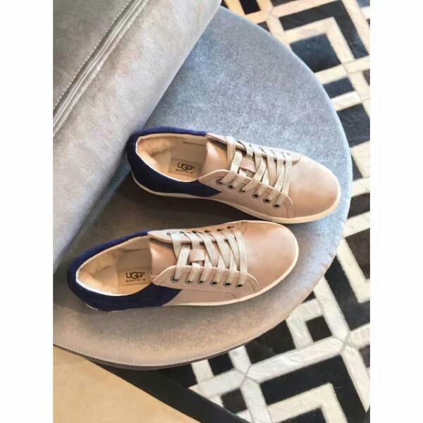 UGG早秋拼色单鞋.UGG终于推出了自家首款系带单鞋!