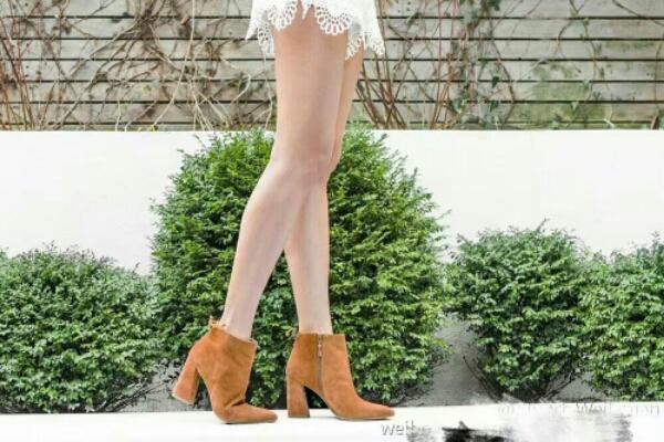 小辣椒 Stuar Weitzman斯图尔特-魏茨曼2016秋冬专柜杨幂同款 深受明星和网红喜爱的一款短靴