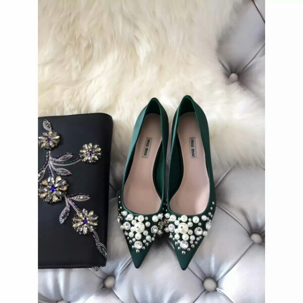 MiuMiu2016秋冬新款珍珠单鞋
