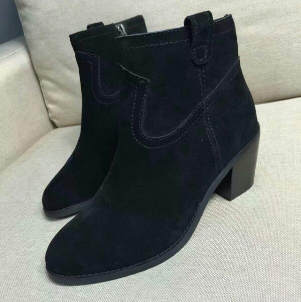 ASH简约款短靴 秋冬必备单品