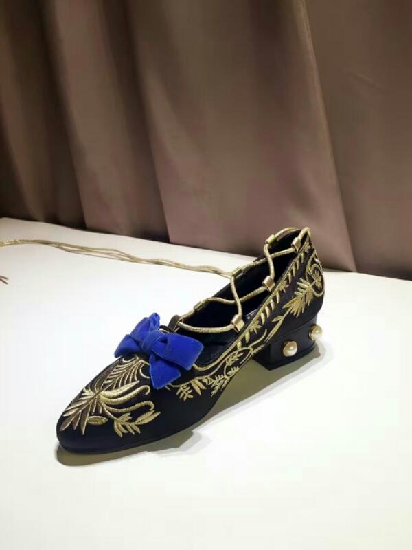 GUCCI 独家首发16秋冬最新款宫廷复古风单鞋
