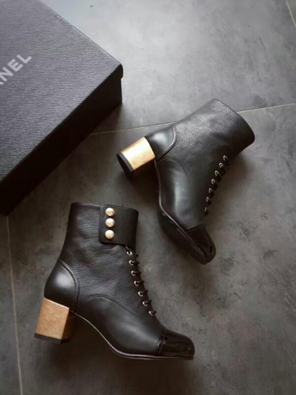 Chanel 16AW顶级珍珠系列短靴