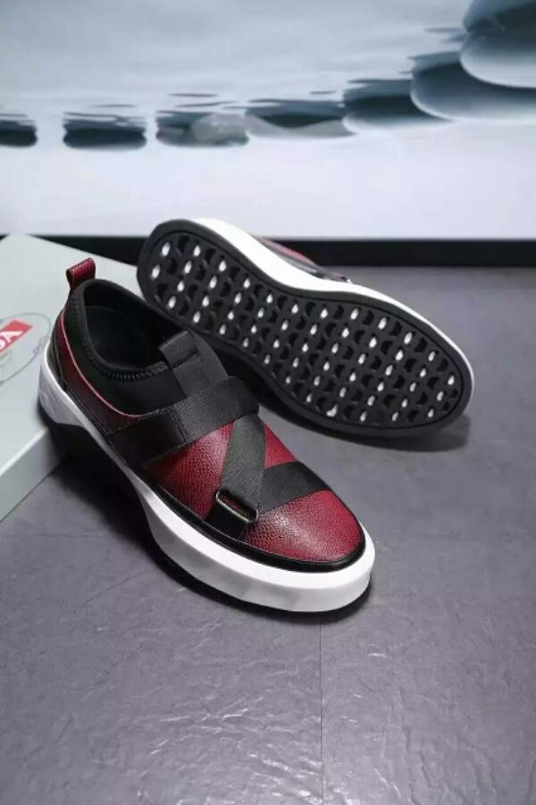 Prada 普拉达男鞋 高品质休闲鞋系列