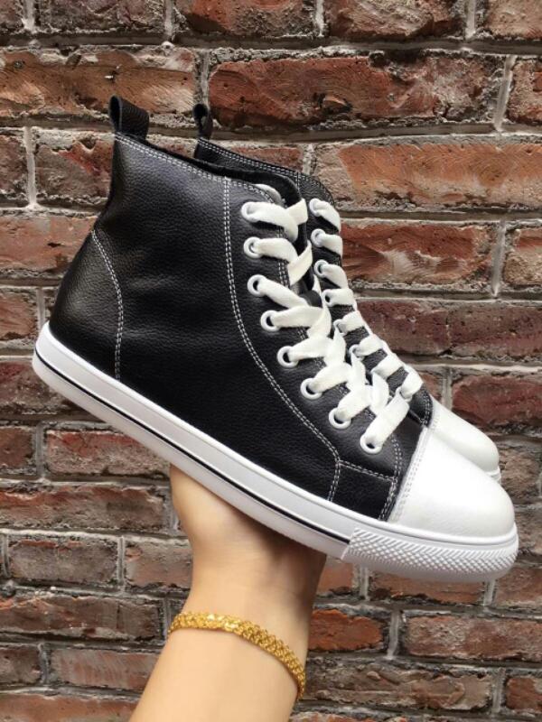 新款高帮小白鞋 时尚 很百搭