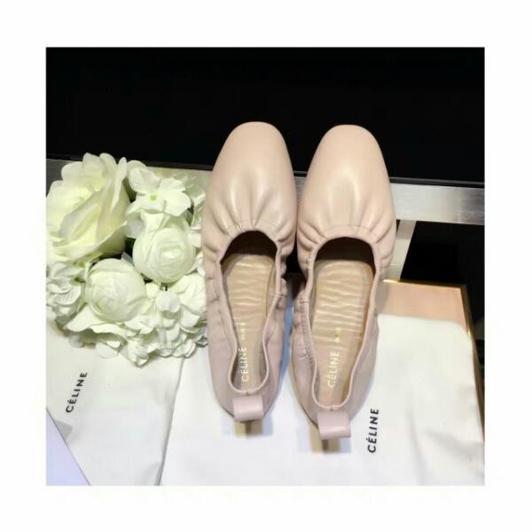 CELINE2016最新潮流赛琳奶奶鞋,新品发布会推荐款单鞋