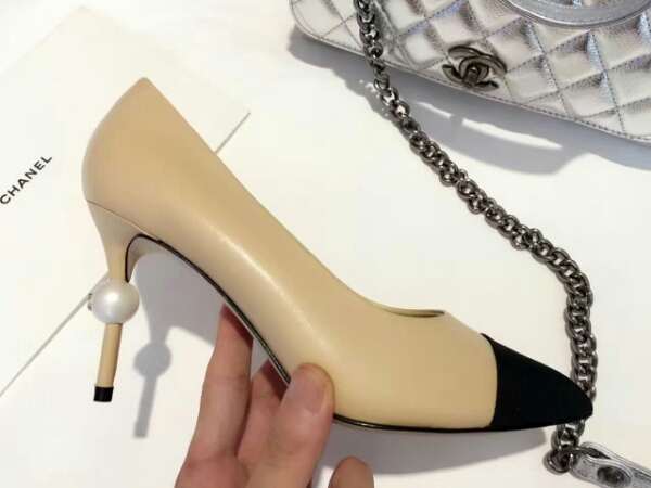 Chanel 16AW Paris in Rome 巴黎在罗马系列顶级走秀款珍珠单鞋