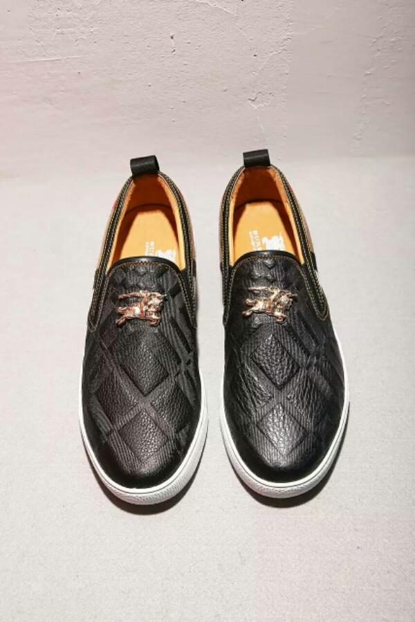 巴宝莉BURBERRY牛皮压纹金属饰扣经典套脚男鞋