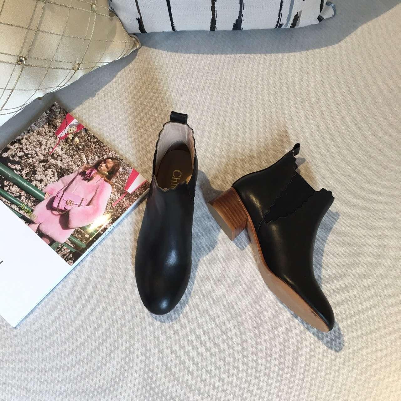 Chloe 克洛伊16秋冬新款波浪纹短靴