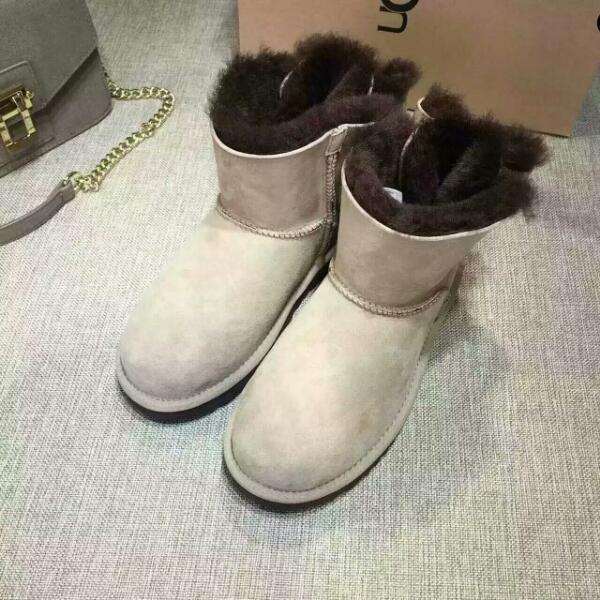 UGG新款蝴蝶结撞色雪地靴