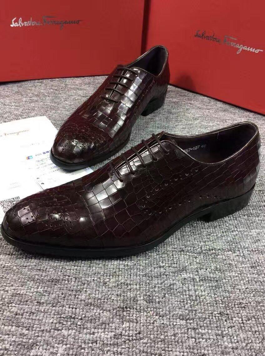 2016款菲拉格慕爆裂纹正装男士皮鞋 始终坚持款式和实用性并存