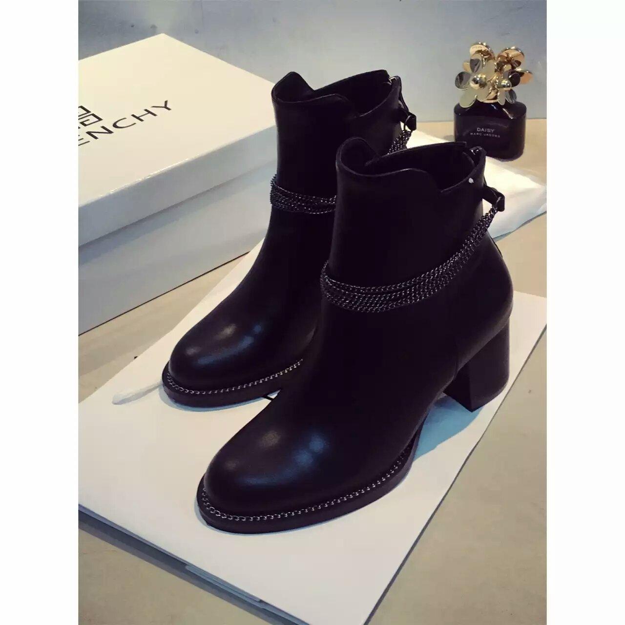 GIVENCHY纪梵希2016爆款短靴
