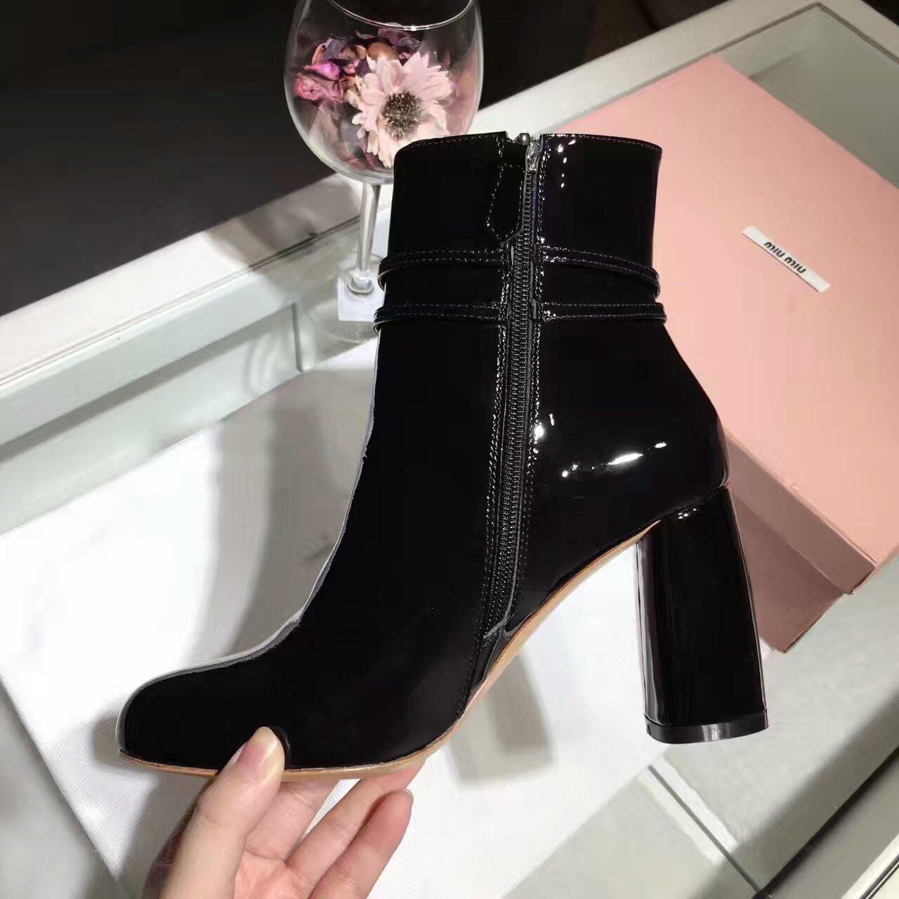 MIUMIU 16秋冬新款高跟短靴