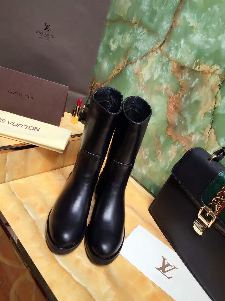 高定Louis Vuitton 16AW简约热卖款短靴,米兰橱窗推荐款