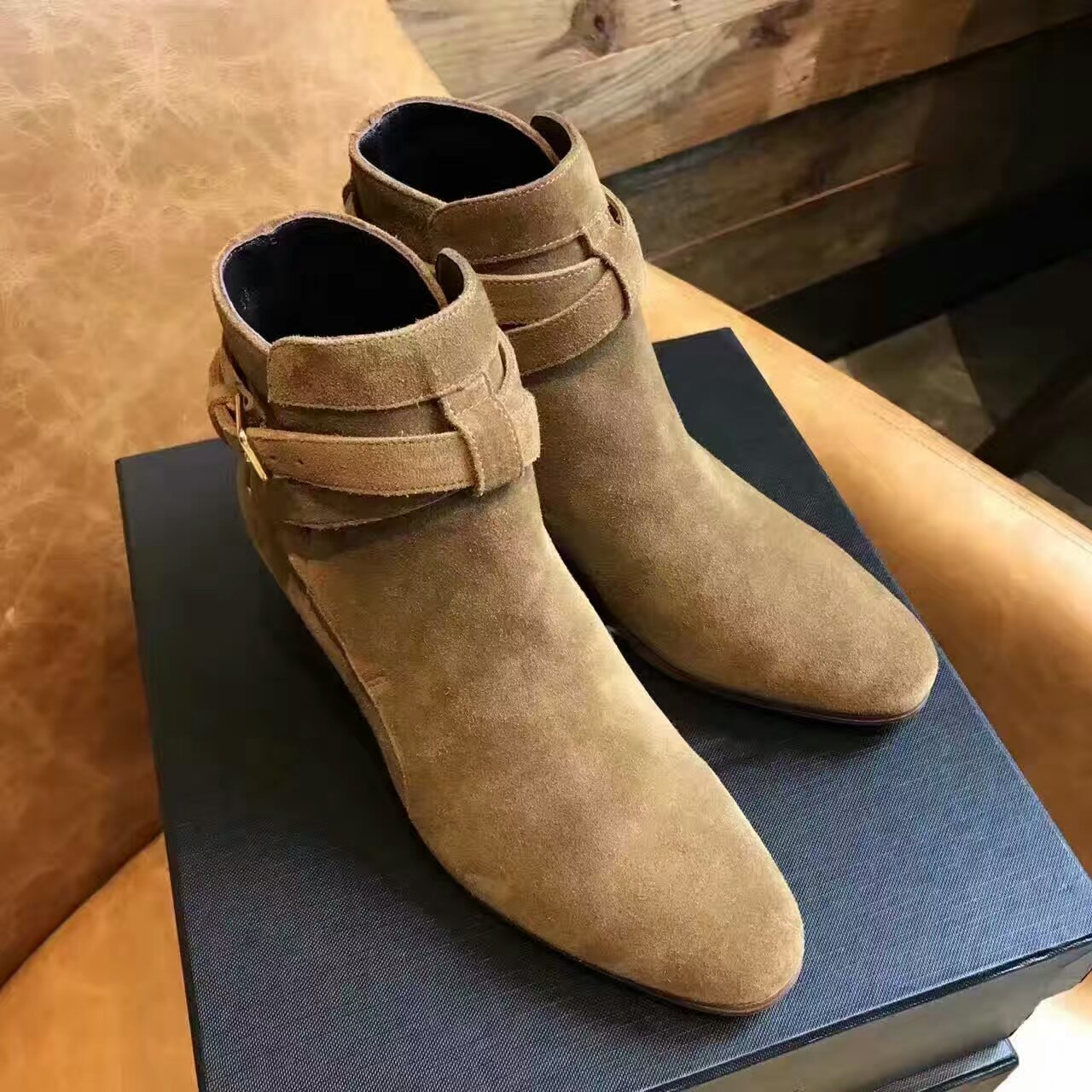 代购级别 SAINT LAURENT PARIS 裸靴!!