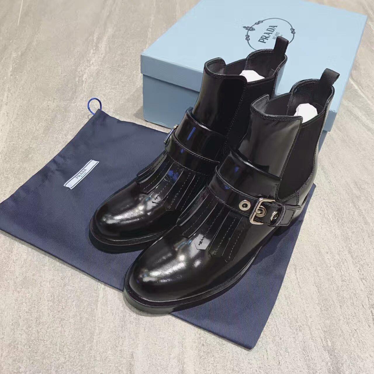 PRADA 16ss冬季最新款短靴,巴黎走秀款!香港原版购入