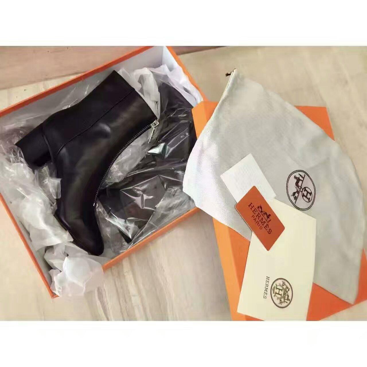 【Hermès】16fw最新系列短靴专柜在售。牛皮面、羊皮里。