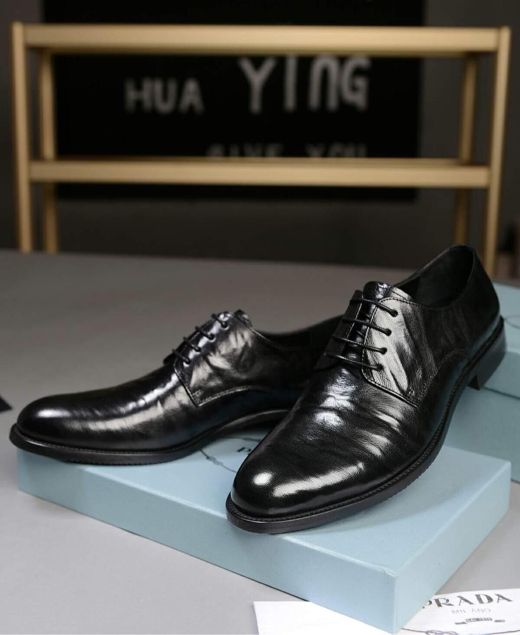 普拉达 Prada 男士商务休闲皮鞋