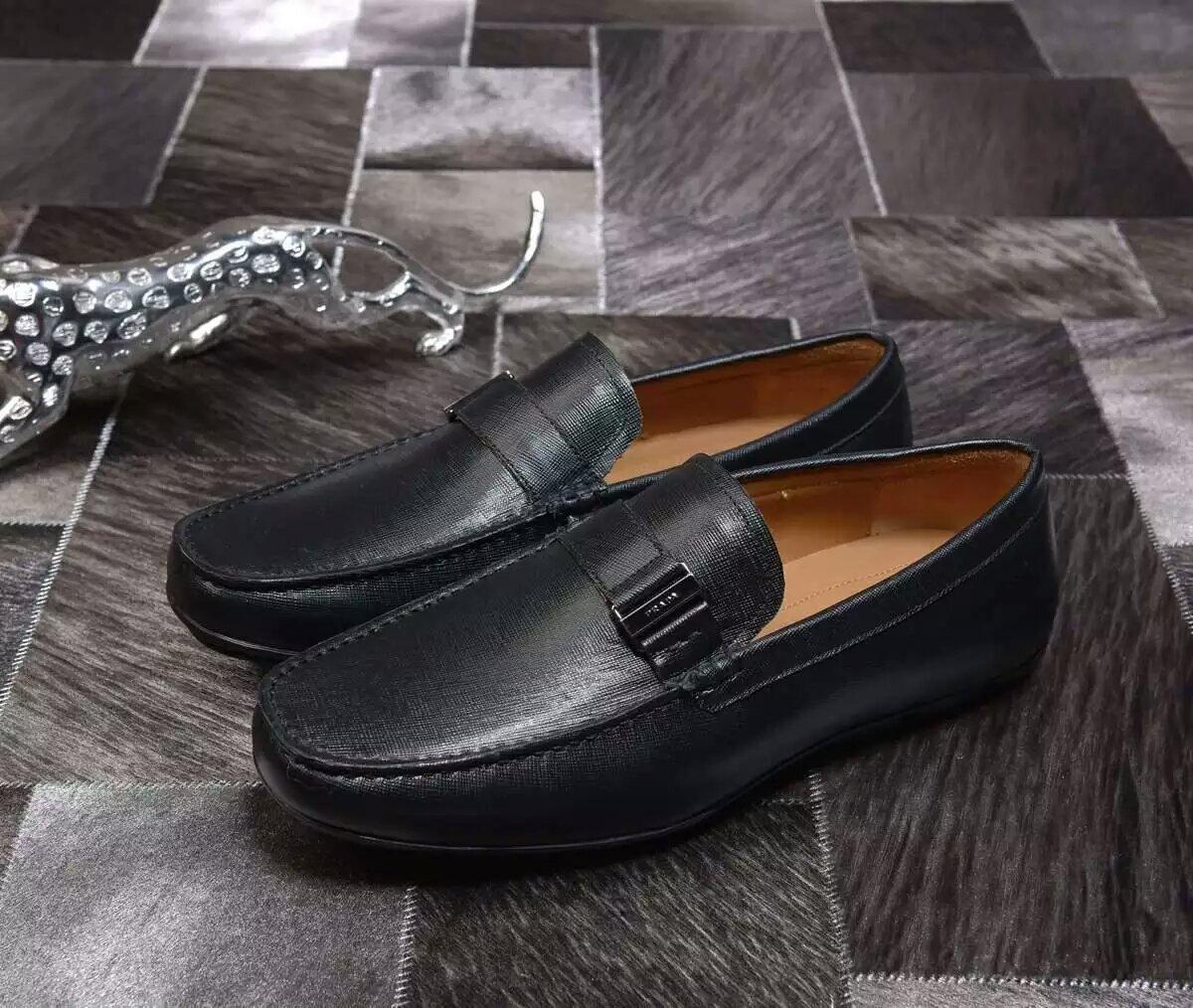 016独家普拉达最高品质男士豆豆鞋