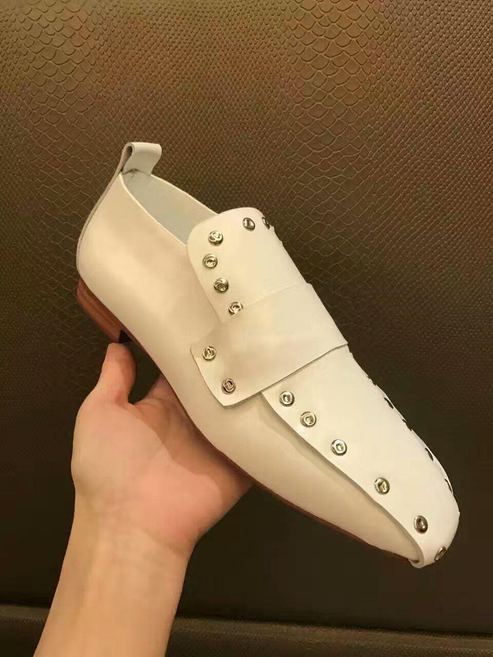 Celine 17ss早春秀款!天后王菲同款超有性格的一款单鞋