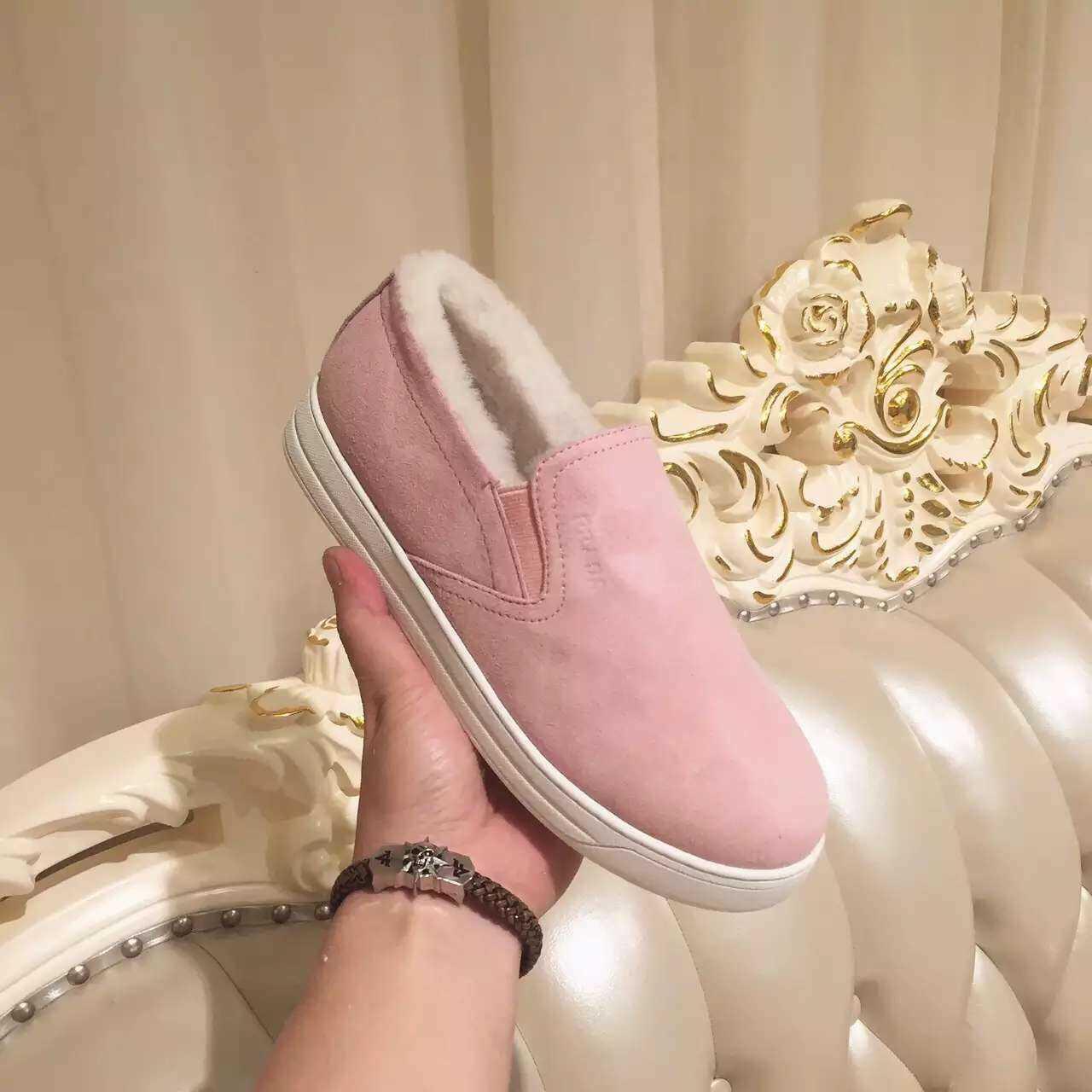 PRADA 2015冬季新款超细纹羊京皮休闲鞋_乐福鞋