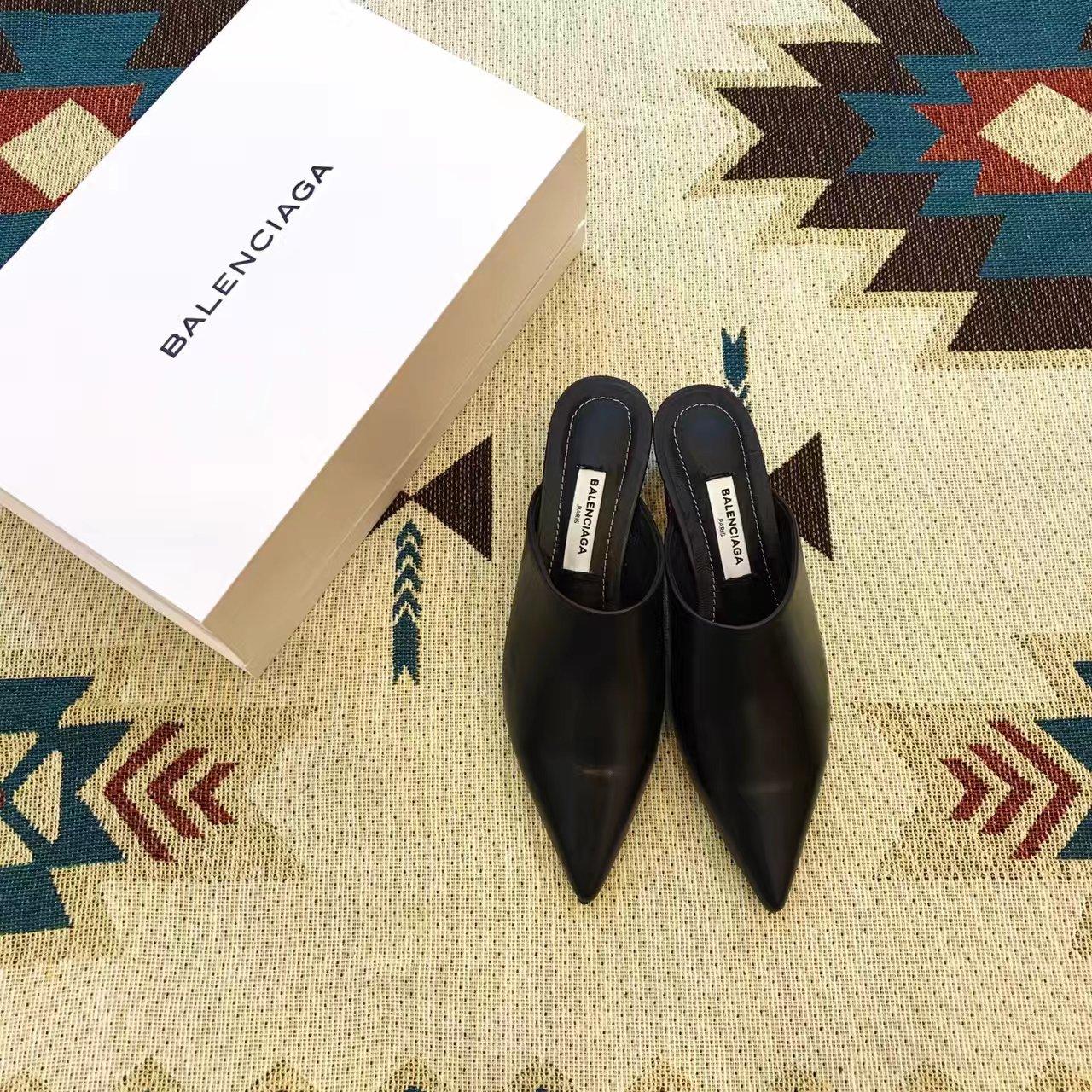 巴黎世家新款拖鞋_蓝海全智贤巴黎世家拖鞋