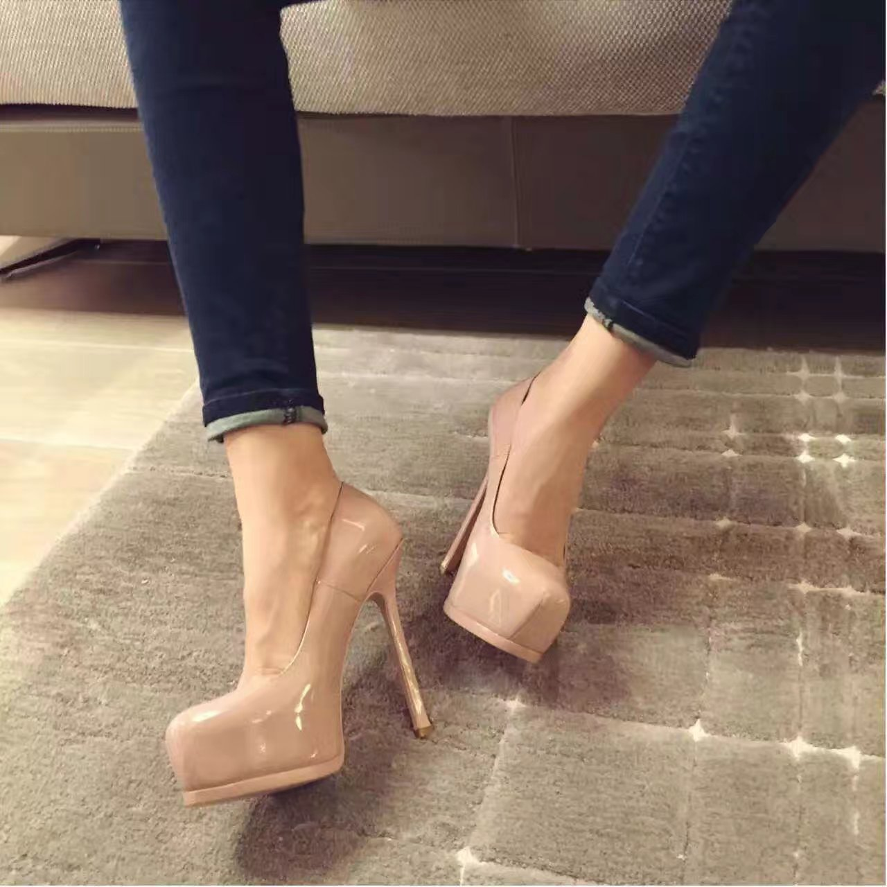 【SAINT LAURENT】YSL圣罗兰高跟鞋经典款来袭!
