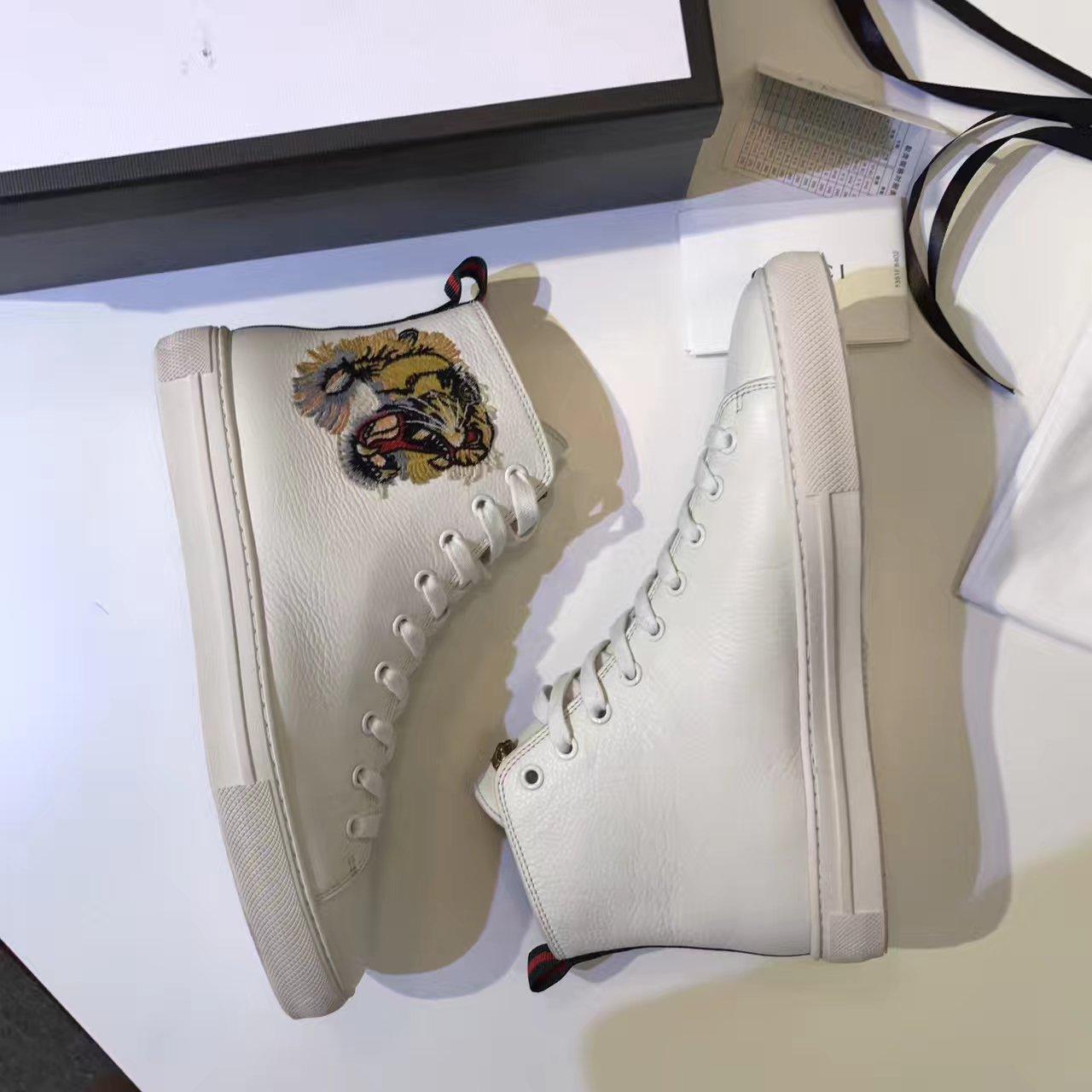 GUCCI老虎刺绣高帮鞋 小白鞋