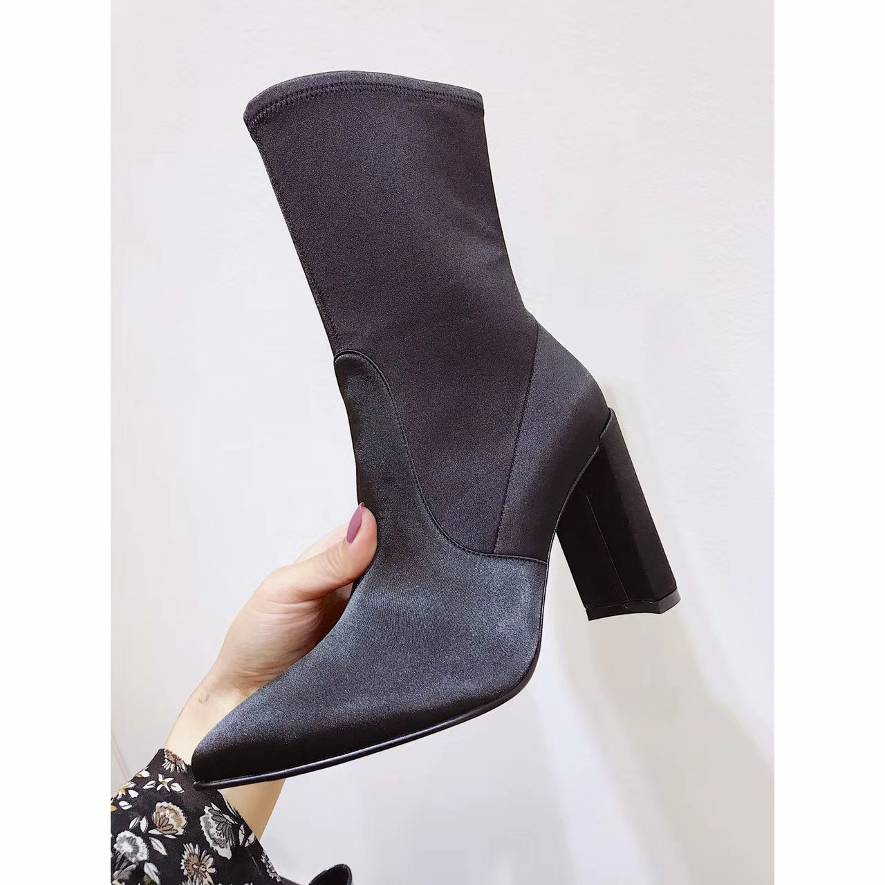 【Stuart Weitzman短靴】17秋冬新品尖头中跟短靴