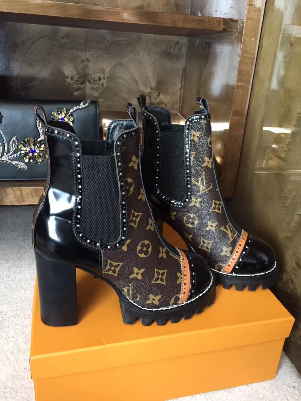 Louis Vuitton爆款短靴 真皮粗高跟马丁靴