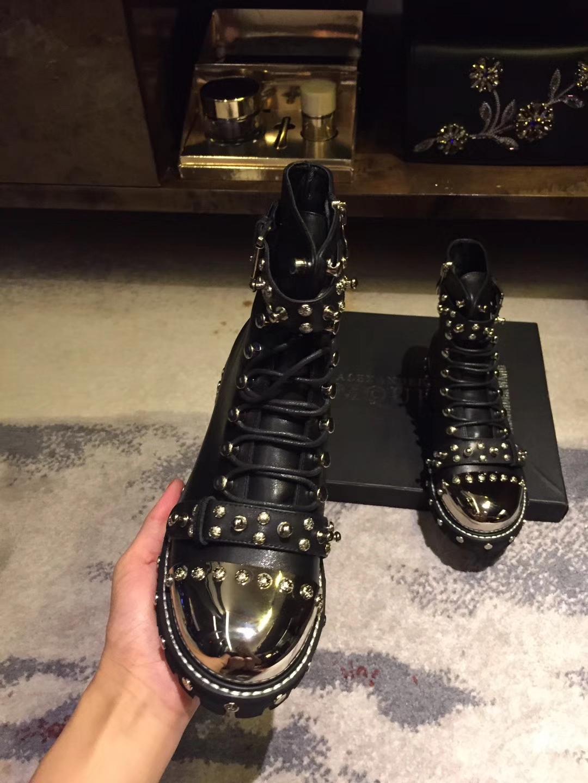 Alexander Mcqueen短靴 2017新款铆钉短靴