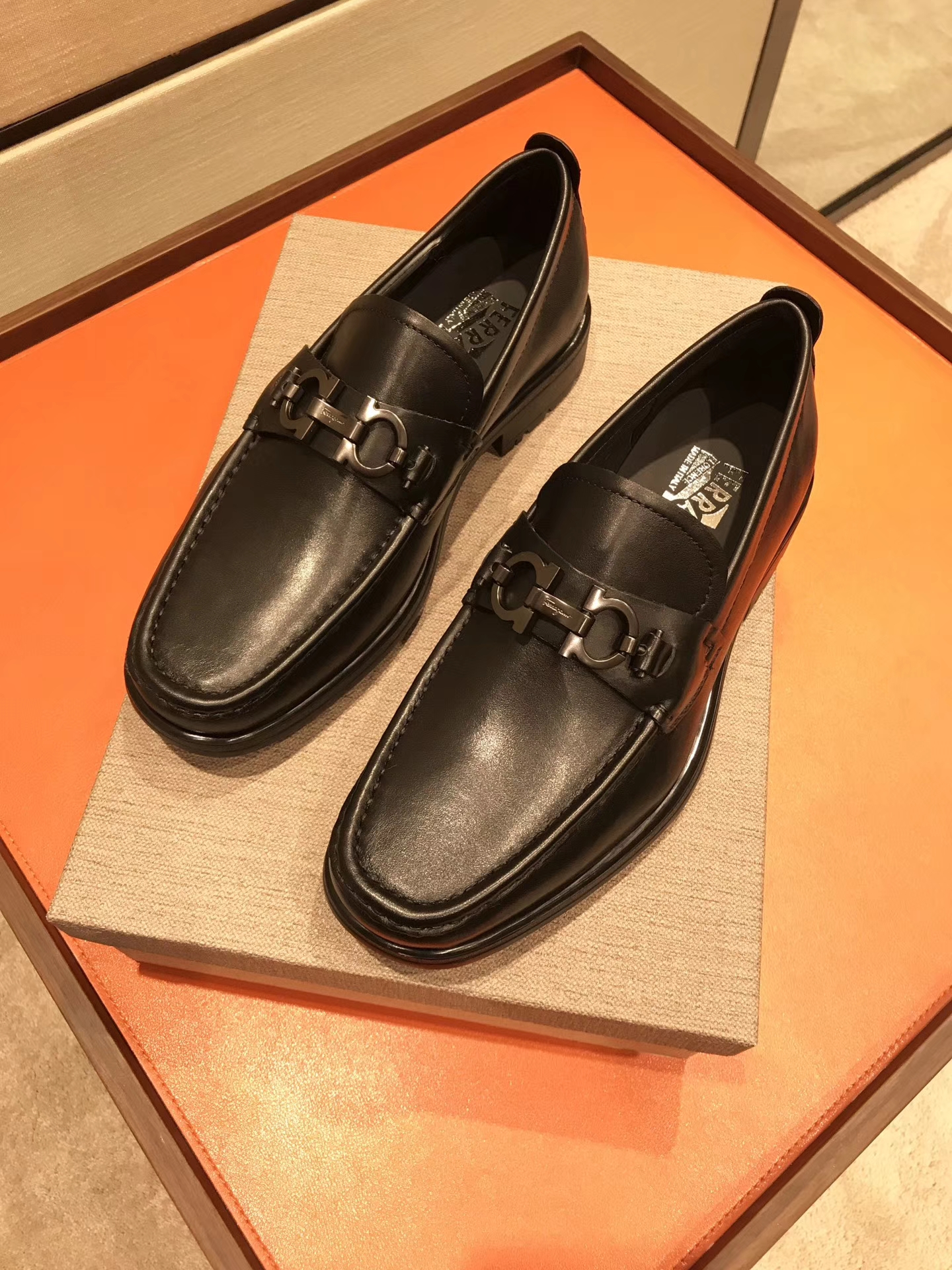 salvatore ferragamo男鞋 代购品质男士休闲鞋