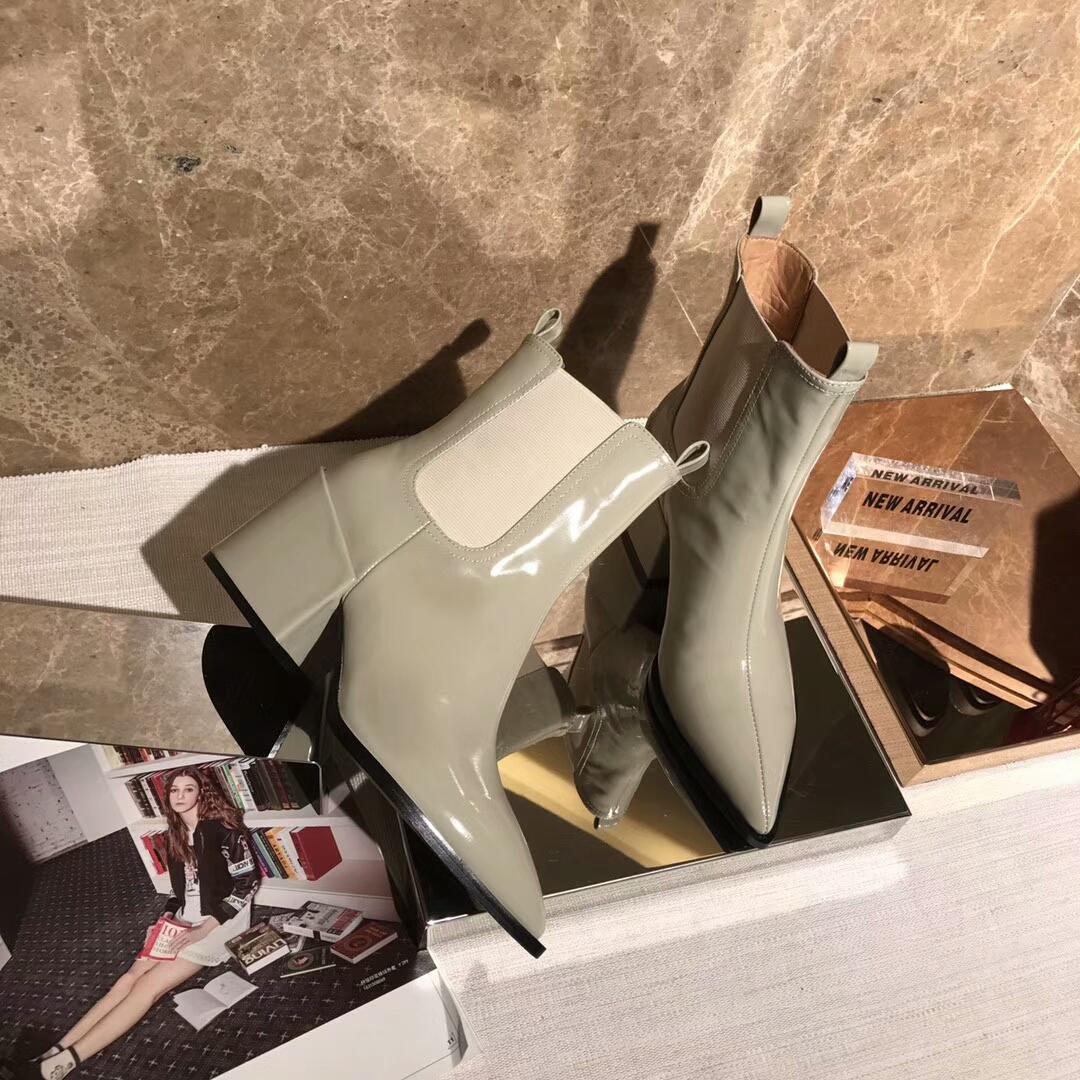 Givenchy 纪梵希短靴2016专柜同步尖头粗跟短靴