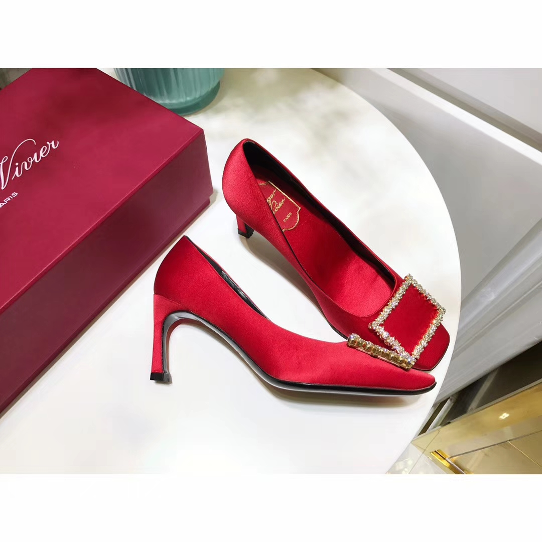 Roger Vivier新款单鞋17SS新品高跟单鞋水钻方扣鞋