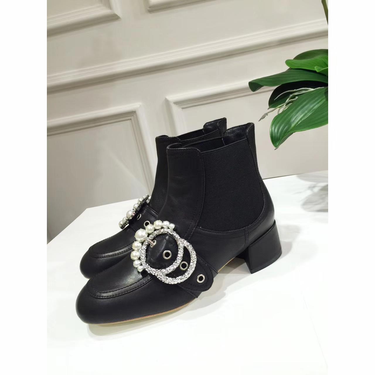 Miumiu女靴 秋冬新款珍珠短靴