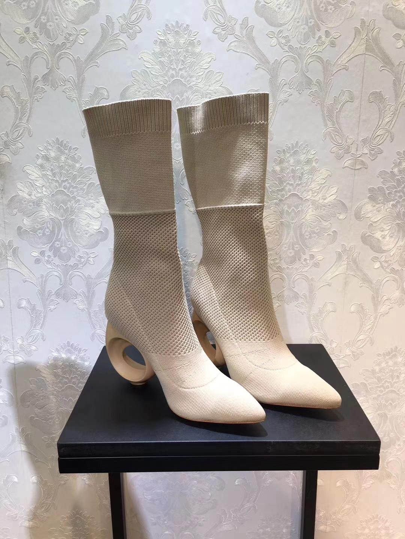 Burberry2017秋冬季出街大爱款袜子靴_弹力靴_中筒靴