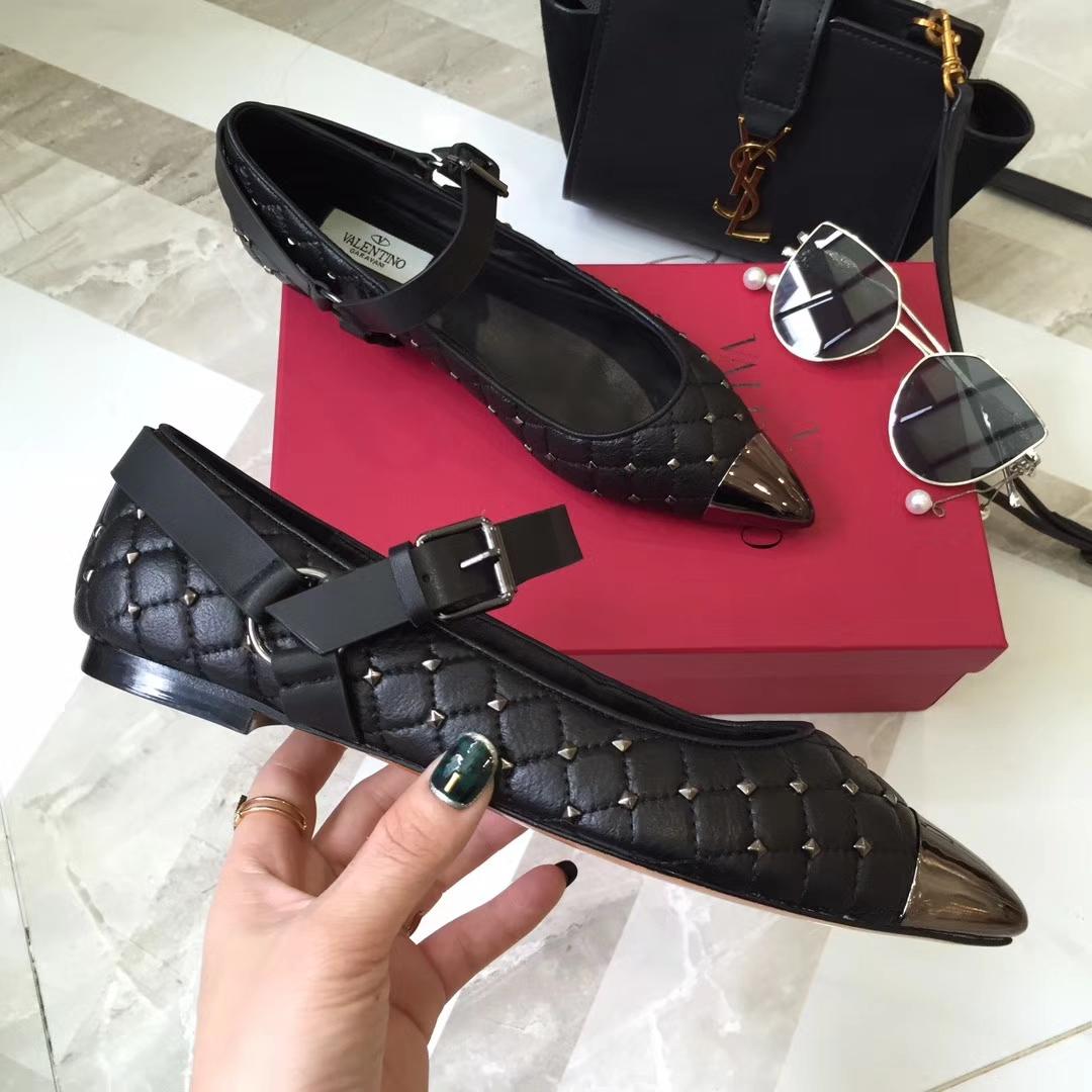 VALENTINO女鞋(华伦天奴)平底单鞋ROCKSTUD SPIKE芭蕾鞋