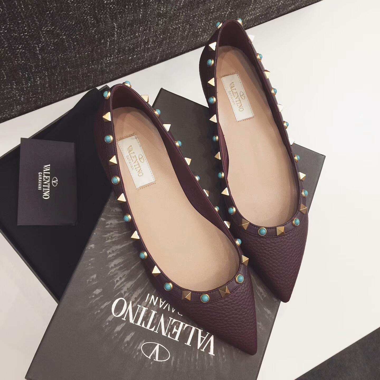 新品Valentino女鞋单鞋 华伦天奴铆钉平底单鞋