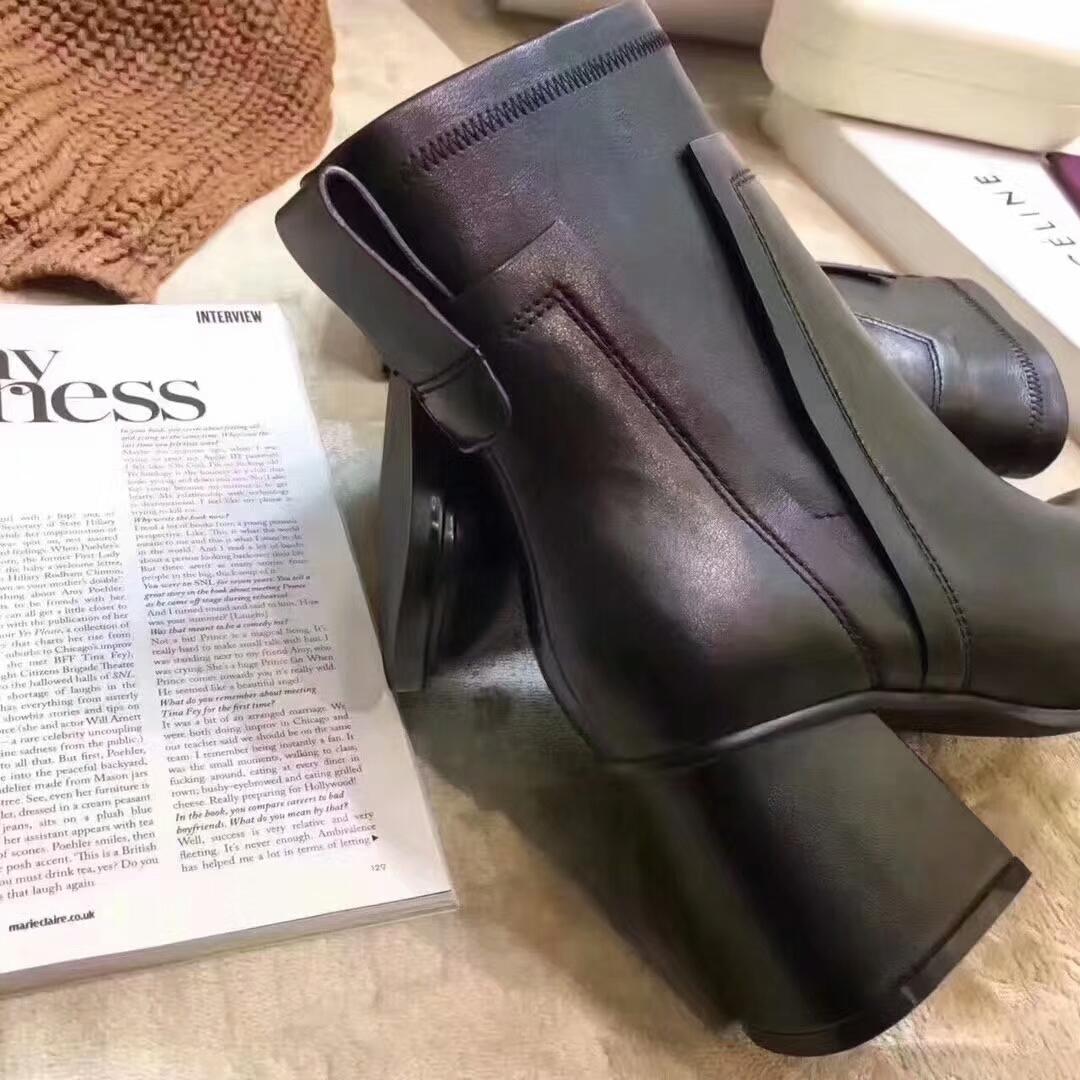 【CÉLINE女靴】赛琳新款短靴简约方头中粗跟短靴