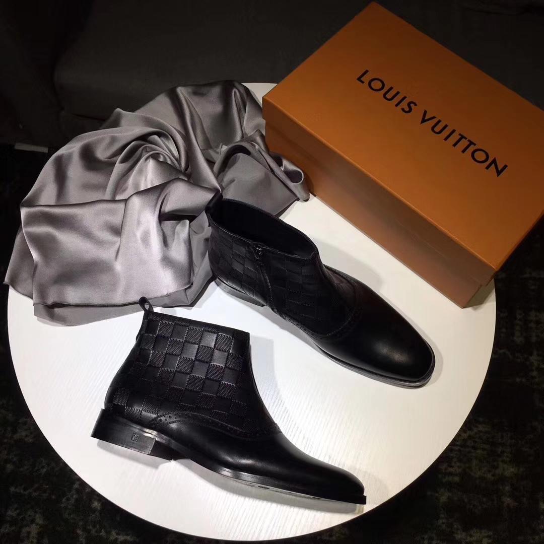 Louis Vuitton男鞋 17季新款纯手工正装皮鞋到货