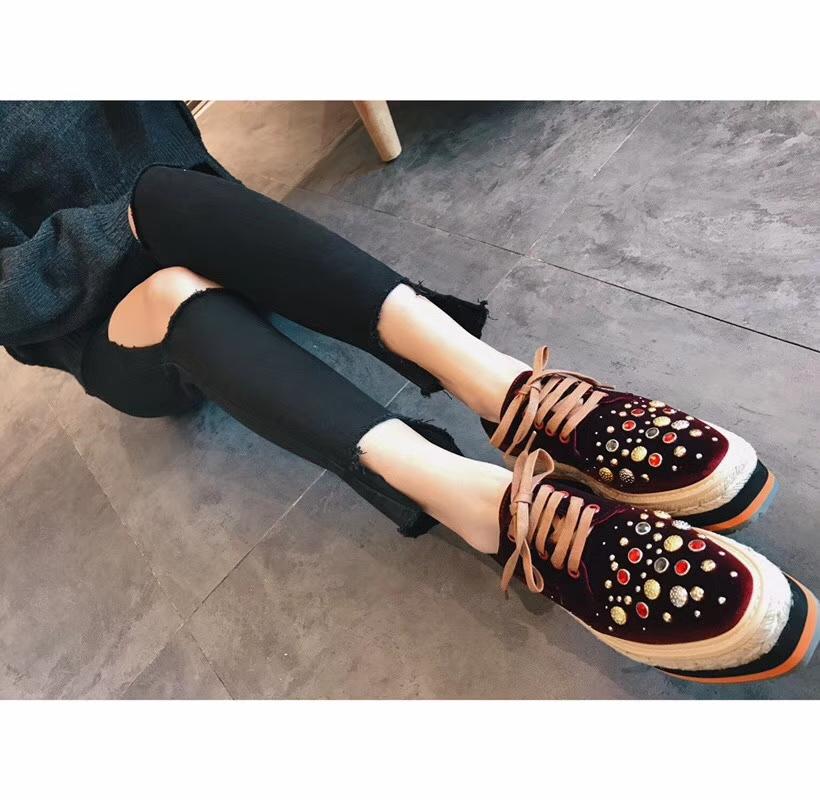 Prada 官网1:1原版楦头厚底鞋女士单鞋