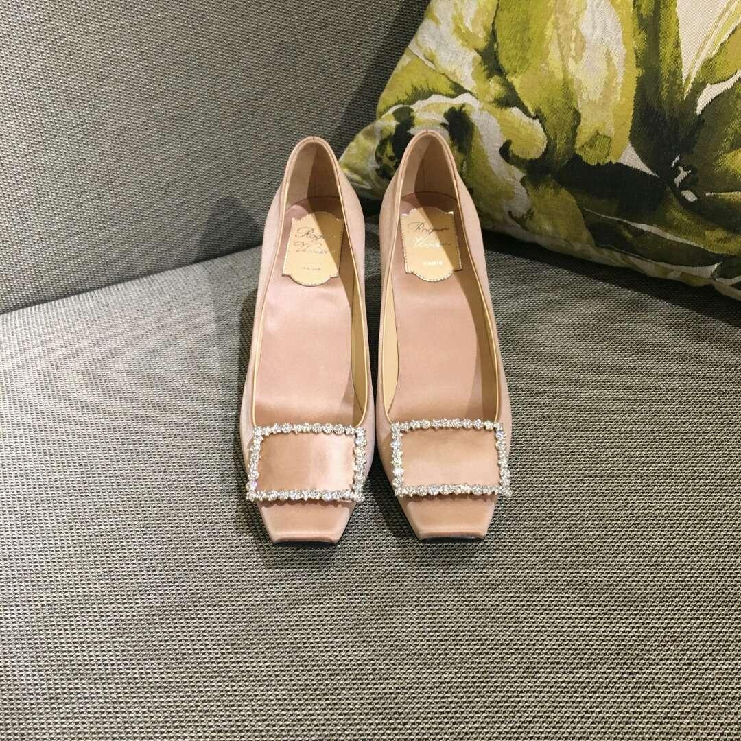 RV水钻方扣高跟鞋 专柜新新款真丝面料单鞋