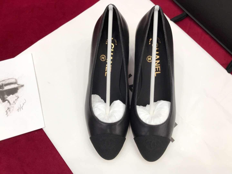 Chanel 18早春系列 超美珍珠淑女粗跟单鞋
