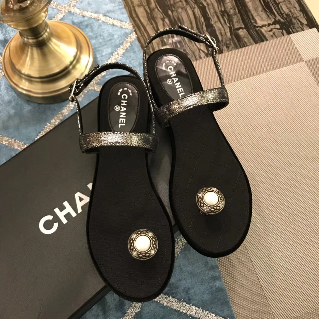 Chanel凉鞋 2018SS 初夏新款夹脚凉鞋