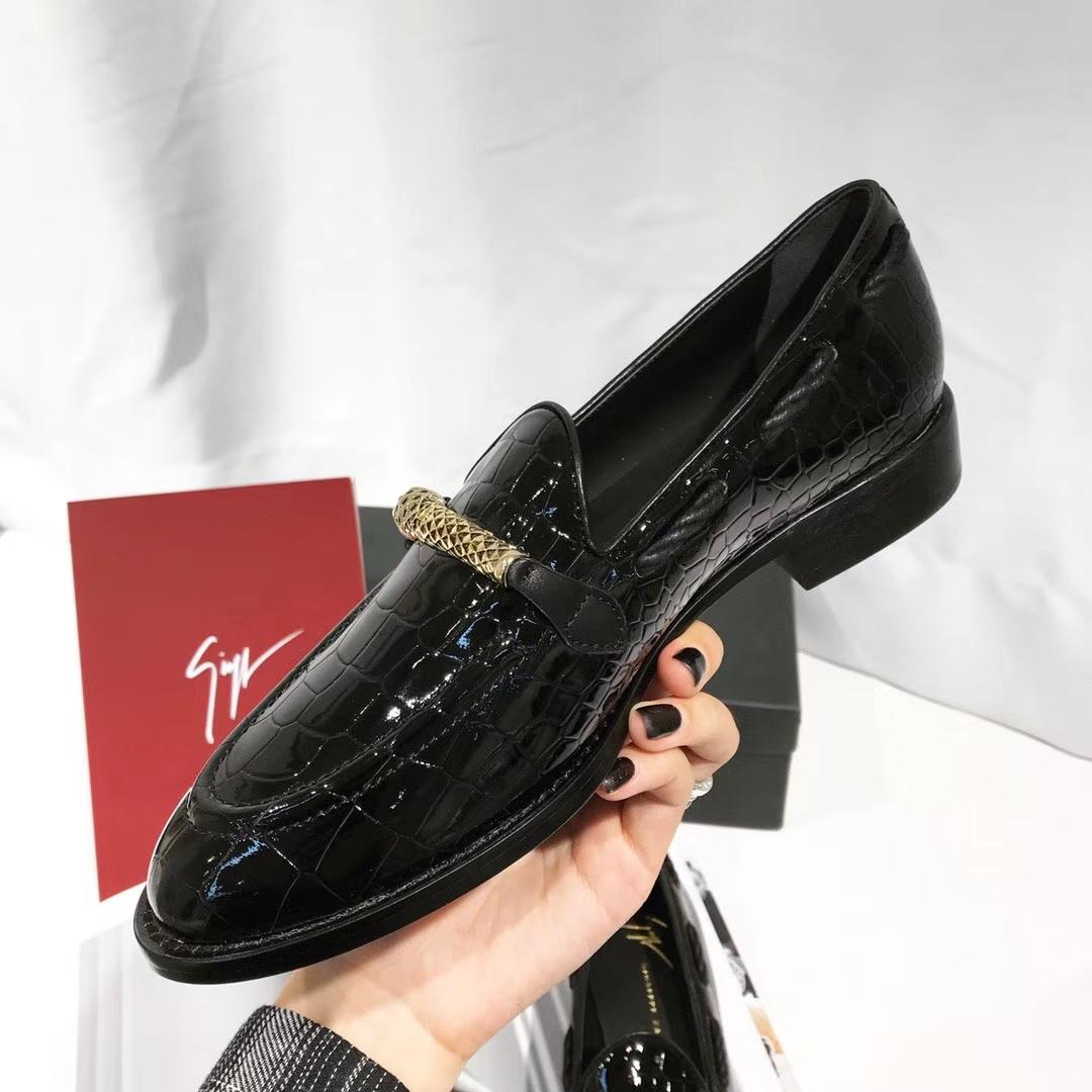 Giuseppe Zanotti 乐福鞋是你喜欢的菜吗?