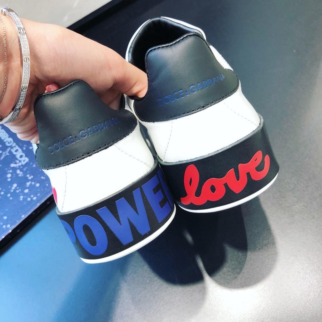 代购级别 Dolce&Gabbana高仿休闲鞋女款板鞋价格