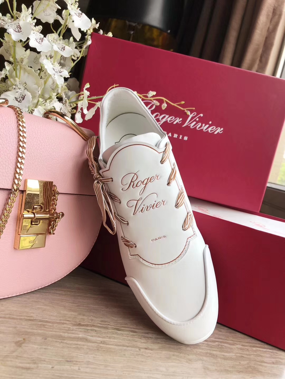 Roger Vivier2018新款休闲运动女鞋 专柜代购级