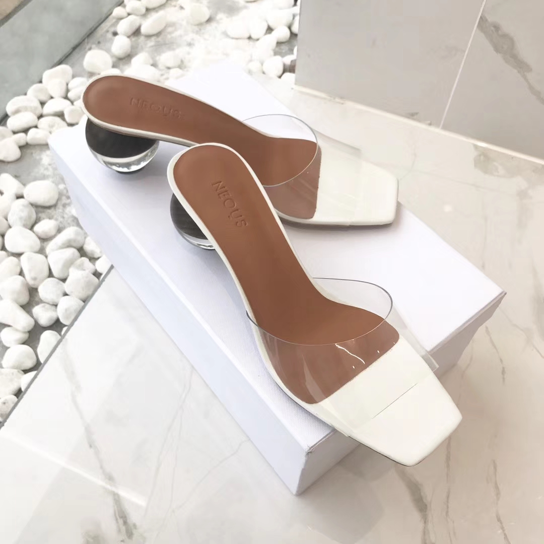 英国小众品牌NEOUS新款拖鞋 这一季给我们带来非常多的惊喜!