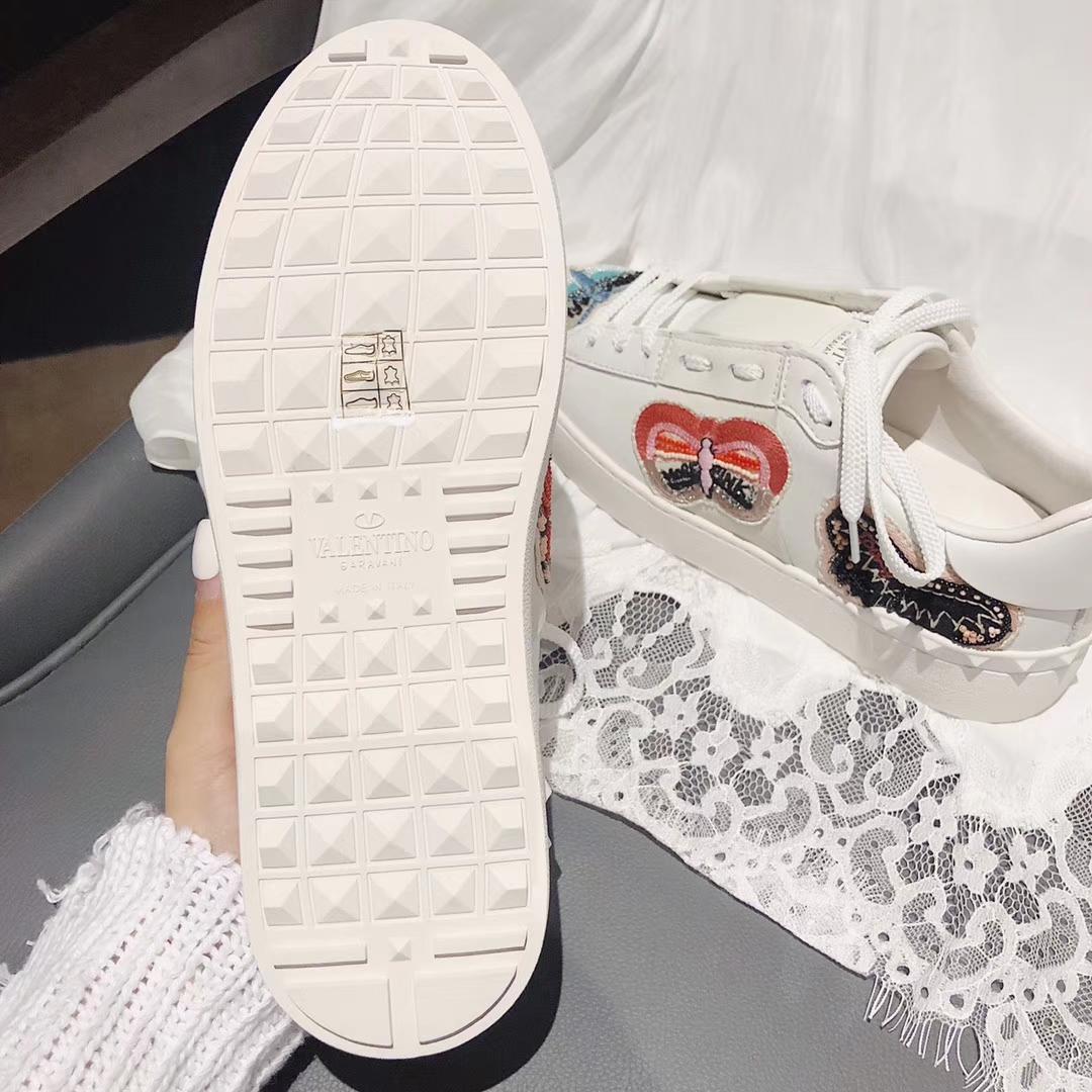 Valentino Garavani 刺绣蝴蝶小白鞋女士休闲鞋鞋