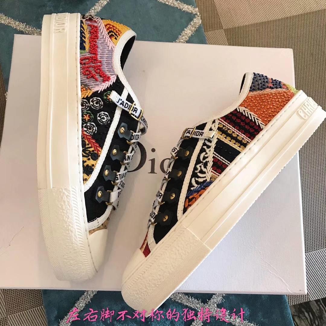 Dior私人定制款女士休闲鞋2018新款平底鞋