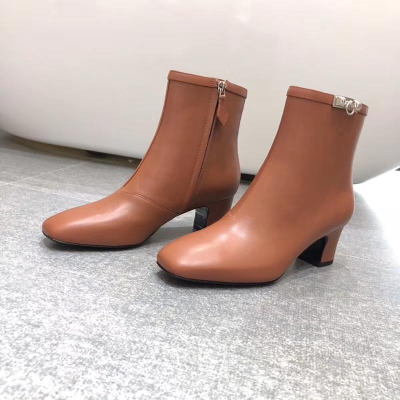 Hermes爱马仕超级经典款kelly扣系列短靴